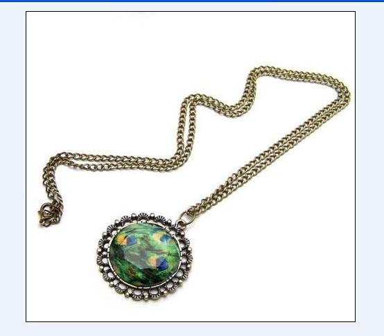 Retro Round Shaped Chain Necklace Green