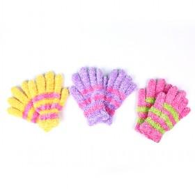 Cute Feather Yarn Gloves Multi
