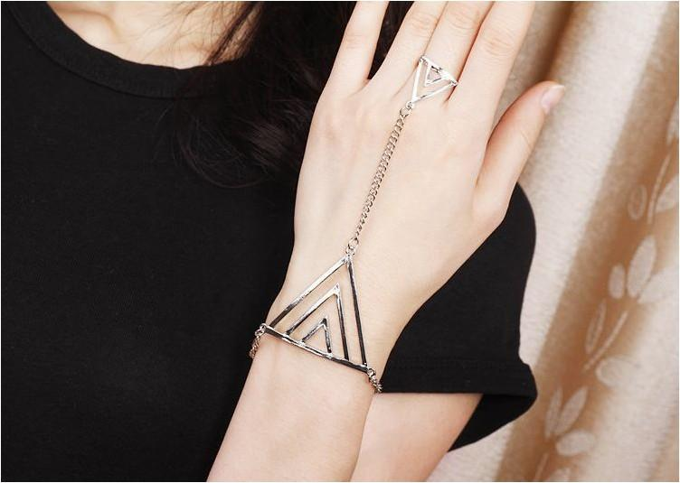 Punk Style Triangle Chain Ring Bracelet Silver