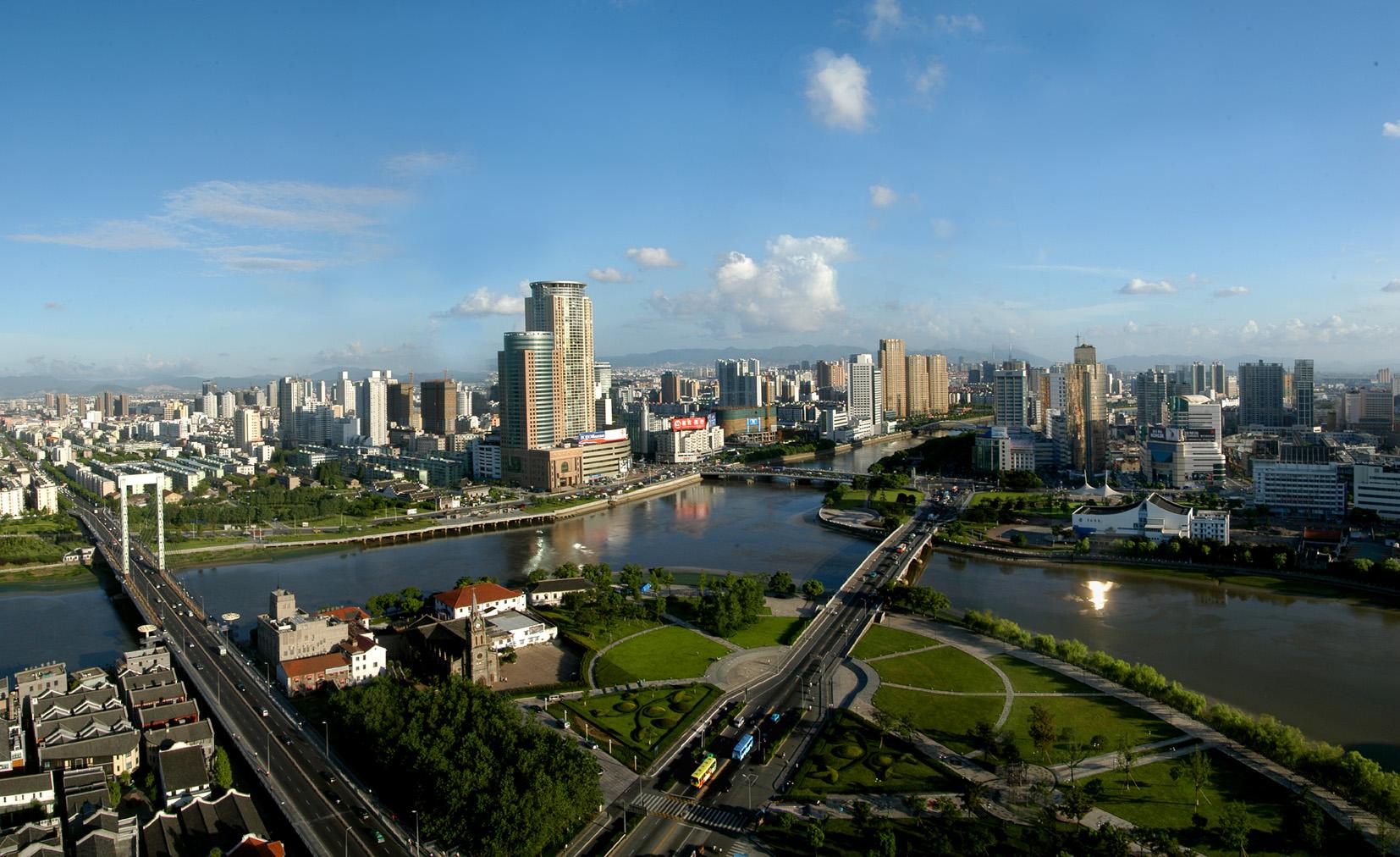 Ningbo K: Ningbo, One Of The Largest Port Of China